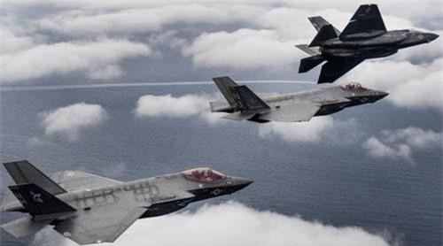 Các máy bay chiến đấu tàng hình F-35C. Ảnh: Quân đội Mỹ.