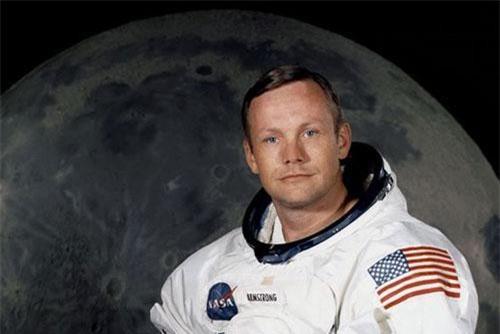 Phi hành gia Neil Armstrong trở thành người đầu tiên đặt chân lên mặt trăng vào năm 1969. (Ảnh: NASA)