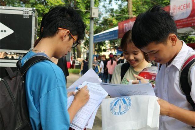 Đại học công bố điểm trúng tuyển bằng kết quả THPT quốc gia trước ngày 8/8 là vi phạm - 1