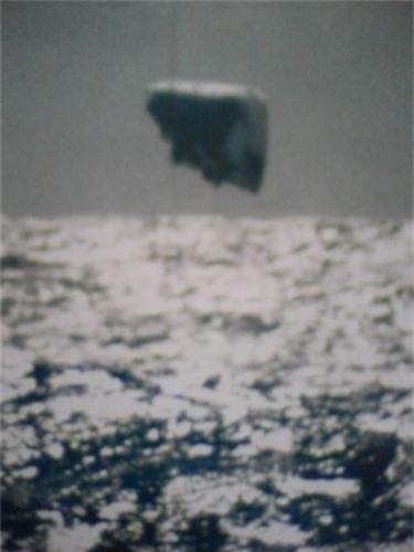 Giat minh bang chung kho cai ve UFO o Dai Tay Duong-Hinh-4
