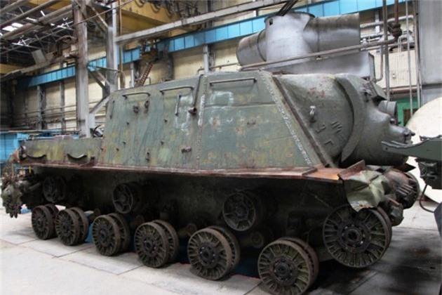 Do la su that: Nga hoi sinh phao tu hanh ISU-152 tru danh
