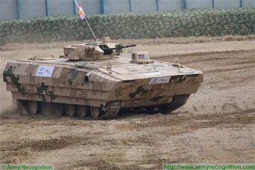 Một biến thể khác của VN12 xuất hiện tại Triển lãm Chu Hải với tháp pháo thay đổi. Ảnh: Army Recognition.