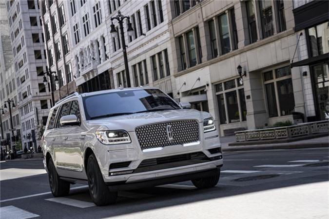 Lincoln Navigator thế hệ thứ 4 đã được cải tiến với một loạt các tính năng bổ sung cho phiên bản 2020.