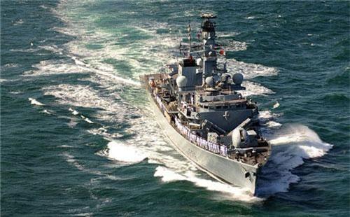 Theo thông báo của Bộ Quốc phòng Anh hôm 16/7, Hải quân Hoàng gia Anh sẽ triển khai tàu hộ vệ Type 23 thứ 2 tới vùng Vịnh trong thời gian tới trong bối cảnh căng thẳng Mỹ - Iran leo thang nguy hiểm. Nguồn ảnh: Wikipedia