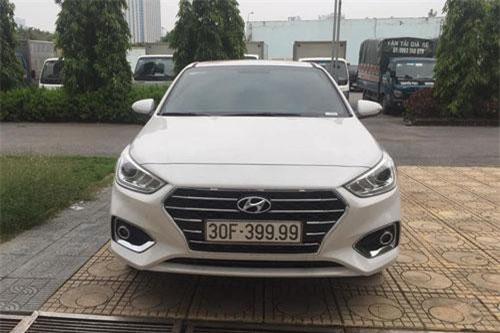 Hyundai Accent biển tứ quý 9 ở Hà Nội. Ảnh: AutoPro.