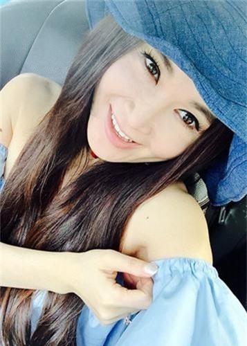 My nhan U60 nghien chup nude nhat showbiz Hoa ngu-Hinh-12