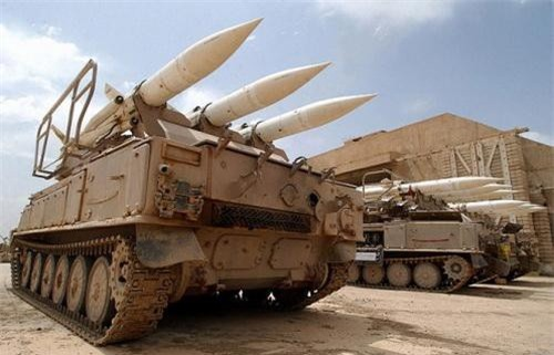 """Hệ thống tên lửa phòng không 2K12 Kub có biệt danh """"Ba ngón tay thần chết"""". Ảnh: South Front."""