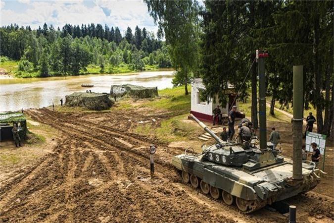 """Nang 42-46 tan, """"xe tang bay"""" T-80 Nga vuot song the nao?-Hinh-4"""