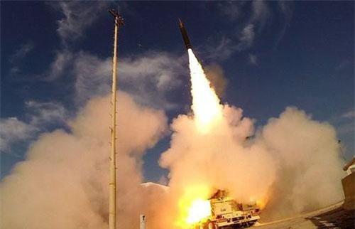 Tên lửa thuộc hệ thống Arrow-3 (Ảnh: Twitter)