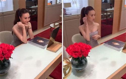 """Trong đoạn clip mới đây, Ninh Dương Lan Ngọc khiến fan không khỏi xót xa khi để lộ thân hình """"da bọc xương"""", phần cổ, vai và cánh tay gầy guộc thiếu sức sống."""