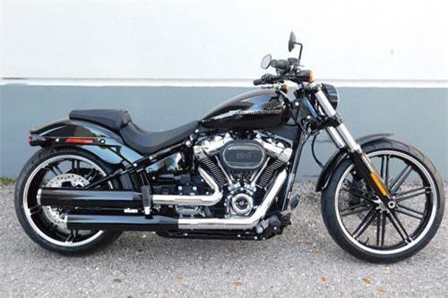 2. Harley-Davidson Breakout 114 2019 (giá khởi điểm: 20.449 euro).