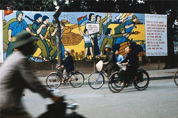 Anh mau dac biet ve cuoc song Ha Noi nam 1973-Hinh-2