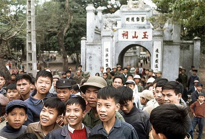 Anh mau dac biet ve cuoc song Ha Noi nam 1973-Hinh-3