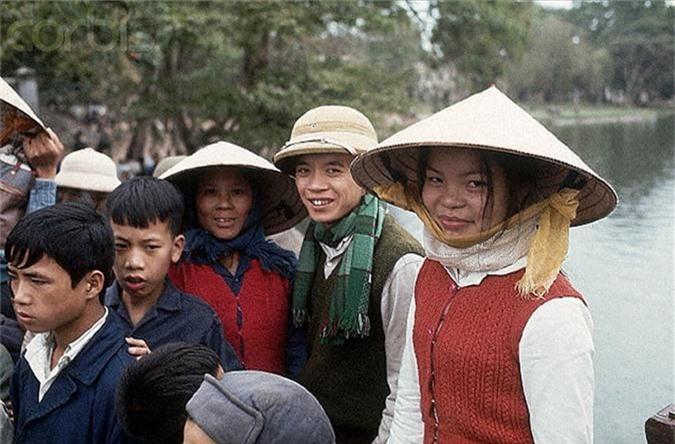 Anh mau dac biet ve cuoc song Ha Noi nam 1973-Hinh-4