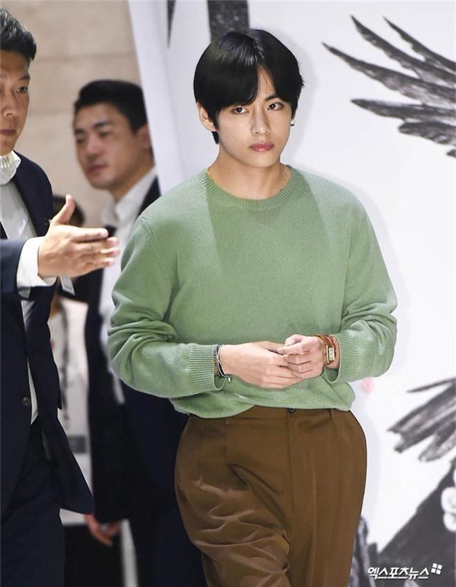 Sự kiện VIP hội tụ 30 sao khủng: Park Seo Joon mời V (BTS), tài tử Hậu duệ mặt trời, Kí sinh trùng và toàn mỹ nhân - Ảnh 5.