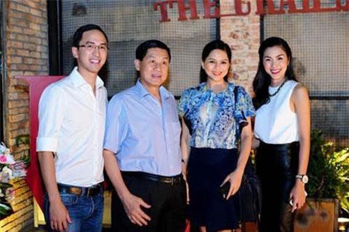 Gia đình nhà chồng Tăng Thanh Hà.
