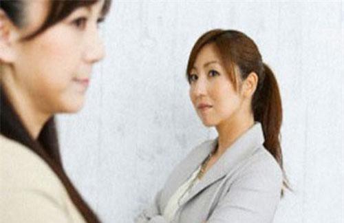 Tôi thất vọng buồn lòng khi bị nhân tình của chồng ghen ngược.