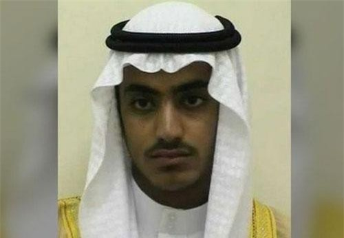 Hamza bin Laden, con trai của trùm khủng bố Osama bin Laden. (Ảnh: FBI)