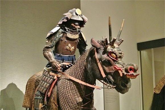 Kho báu huyền thoại của chiến binh Samurai: Thách thức sự hủy diệt của vũ khí - Ảnh 2.