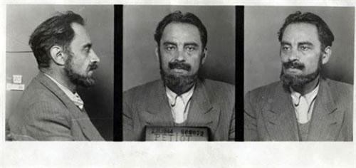 """Gã sát nhân hàng loạt Marcel Petiot nổi tiếng của Pháp được biết đến với biệt danh """" bác sĩ Satan"""". Trước mắt công chúng, gã là một bác sĩ tận tâm với bệnh nhân nhưng bên trong hắn là một ác quỷ giết người không ghê tay."""