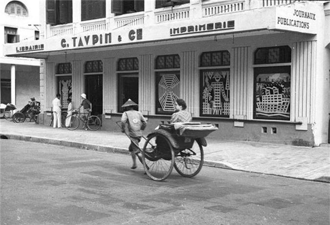 Loat anh choang ngop ve khu pho sang nhat Ha Noi nam 1940-Hinh-7