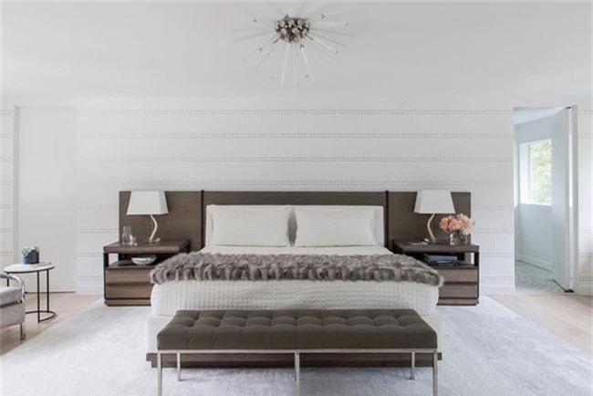 Thiết kế đầu giường big size khiến ai ai cũng thấy thích thú - Ảnh 2.