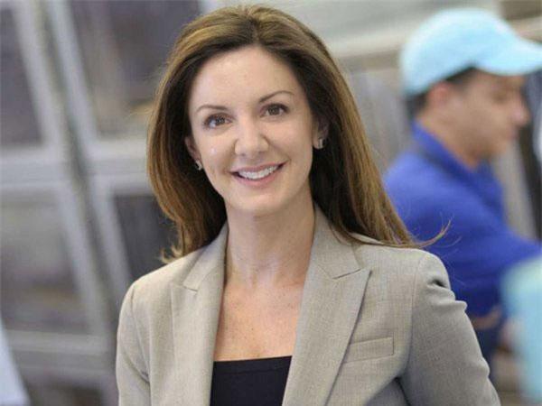 Kate Cole bất ngờ đầu quân sang Cinnabon - chuỗi nhà hàng thuộc Tập đoàn Focus Brands và trở thành chủ tịch sau 3 tháng