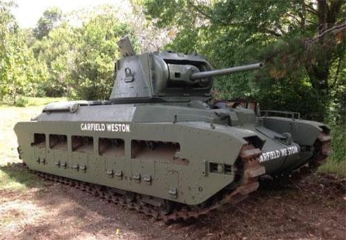 Chiếc xe tăng Matilda A12 được xác định đã từng có mặt tại cuộc di tản lịch sử ở Dunkirk năm 1940 trải qua nhiều thăng trầm lịch sử đã có mặt tại... Australia và tại đây, nó được các nhà sưu tầm hiện vật lịch sử phục hồi lại gần như nguyên trạng. Nguồn ảnh: Warhistory.