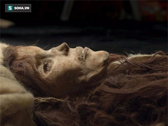 Giải mã thuật ướp xác thời cổ đại: Gần 4.000 năm vẫn còn nguyên mái tóc, hàng mi cong vút - Ảnh 1.