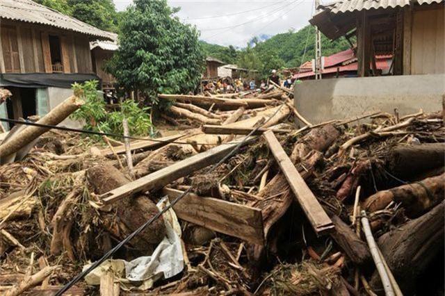 Thanh Hóa: 5 người chết, 10 người mất tích, thiệt hại gần 300 tỷ đồng vì mưa lũ - 2