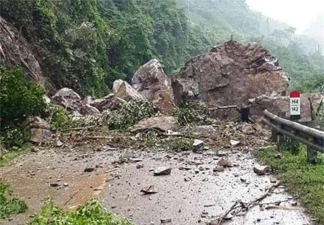 Thanh Hóa: 5 người chết, 10 người mất tích, thiệt hại gần 300 tỷ đồng vì mưa lũ - 4