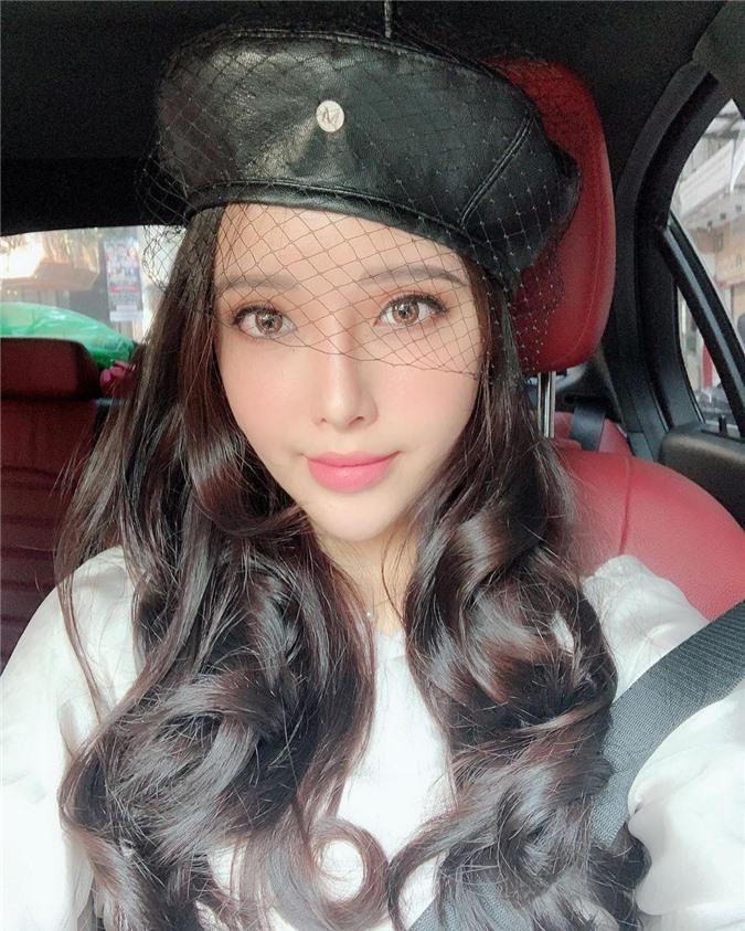 Cô em gái xinh đẹp không kém chị của Mai Phương Thúy