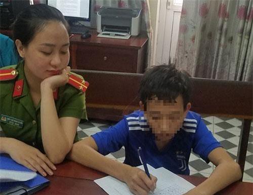 Phan Xuân Thanh tại cơ quan công an. Ảnh: Công an Hà Tĩnh
