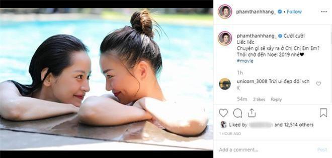 """Chị đại Thanh Hằng đăng tải bức hình siêu tình tứ cùng với """"cô em"""" Chi Pu từ Chị Chị Em Em. Thanh Hằng cũng đã không ít lần """"khoe"""" màn kết hợp đáng mong chờ mùa đông này trên instagram của mình."""