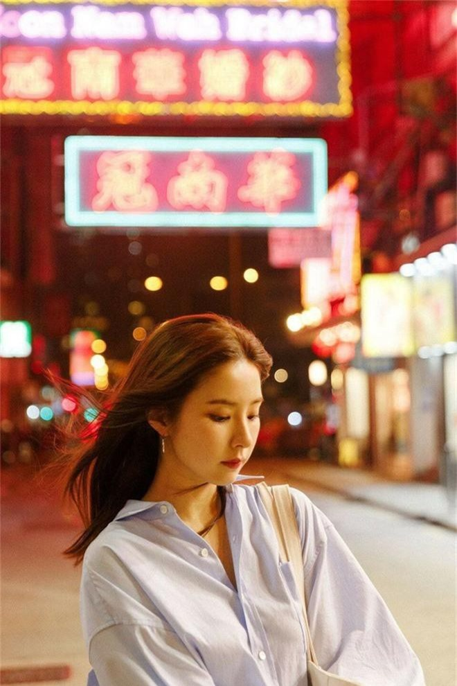 Ai ngờ có ngày mỹ nhân mặt đơ Kbiz lại khiến dân tình rơi vào mê hồn trận chỉ vì ảnh sương sương du lịch Hong Kong - Ảnh 9.
