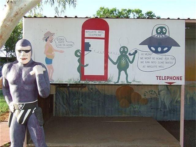 Bên trong 'thủ đô UFO' ở Australia - ảnh 8