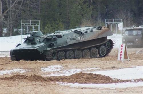 Theo Military-Today, MT-LB là dòng xe thiết giáp đa năng nhất của Nga hiện nay, do Liên Xô sản xuất từ cuối những năm 1950, nhưng đến nay vẫn không hề lỗi thời mà vẫn có giá trị trọng dụng cao. Nguồn ảnh: Wikipedia