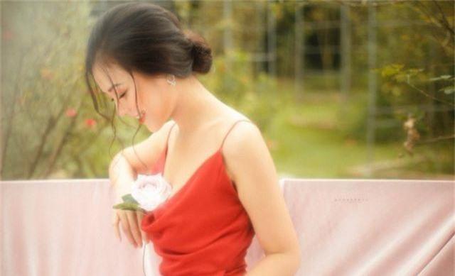 """Nàng thơ Hà thành """"đốn tim"""" người đối diện từ ánh nhìn đầu tiên - 2"""