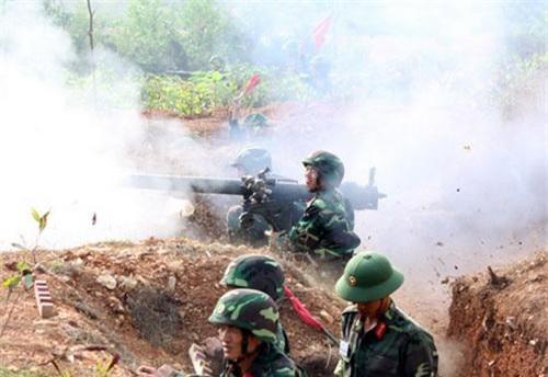 Khẩu đội DKZ-82 của Việt Nam. Ảnh: Quân đội nhân dân.
