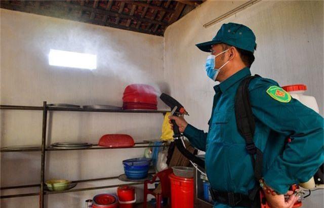 Hà Nội kích hoạt các đội đặc nhiệm chống dịch sốt xuất huyết - 8