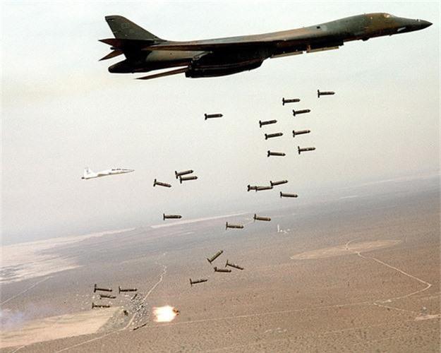 Nguy to Khong quan My: Chi con 6 may bay nem bom B-1 dung tot!-Hinh-12