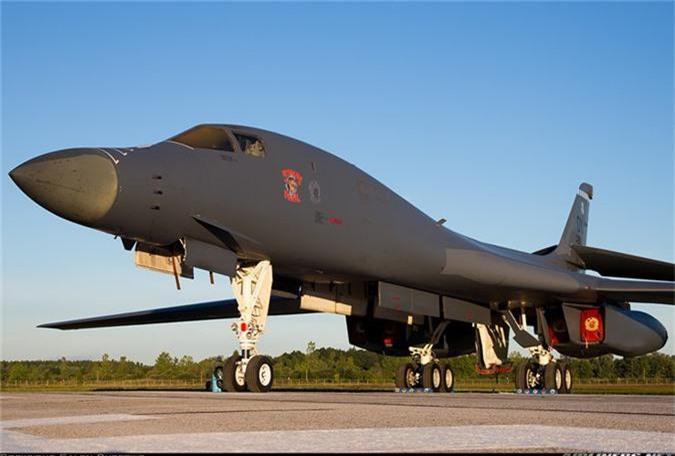 Nguy to Khong quan My: Chi con 6 may bay nem bom B-1 dung tot!-Hinh-3