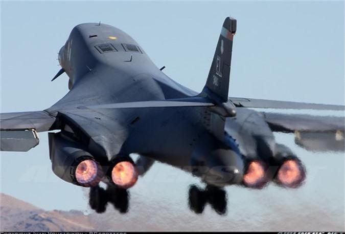 Nguy to Khong quan My: Chi con 6 may bay nem bom B-1 dung tot!-Hinh-7