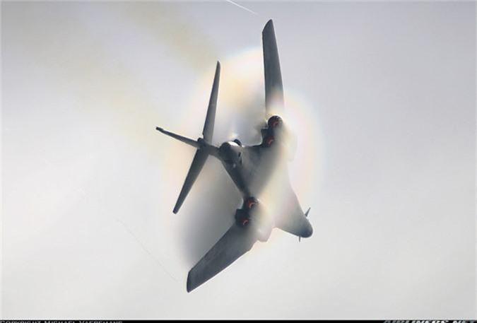 Nguy to Khong quan My: Chi con 6 may bay nem bom B-1 dung tot!-Hinh-8