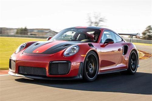 Porsche 911 GT2.