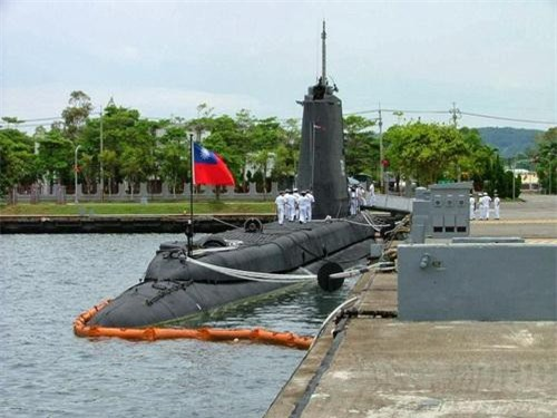 Tàu ngầm ROCS Hai Pao (SS-792) của Hải quân Đài Loan. Ảnh Wikipedia.