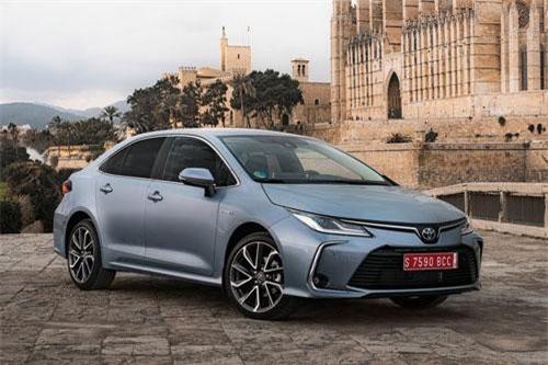 Toyota Corolla (doanh số: 596.282 chiếc).