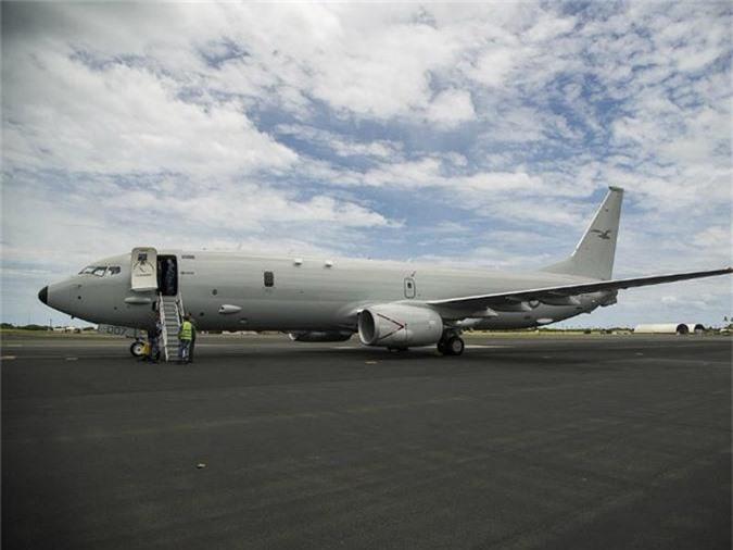P-8A Poseidon là một phiên bản quân sự của Boeing 737-800ERX do Boeing sản xuất cho Hải quân Mỹ. Tổng chi phí của máy bay này là 290 triệu USD. Ấn Độ, Australia, Anh và Na Uy hiện đang sử dụng P-8A trong khi Hàn Quốc cũng vừa mua 6 máy bay này hồi tháng 9/2018.