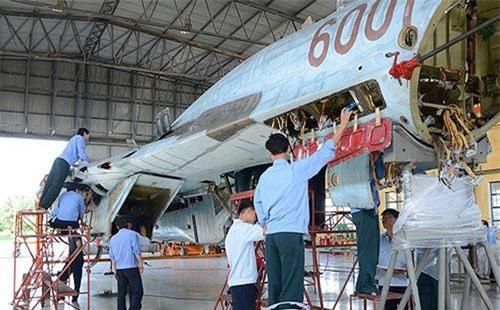 Nhà máy A32 - Cục kỹ thuật - Quân chủng Phòng không-Không quân (PK-KQ) được coi là cánh chim đầu đàn trong việc đảm bảo kỹ thuật cho các máy bay chiến đấu của Không quân nhân dân Việt Nam.