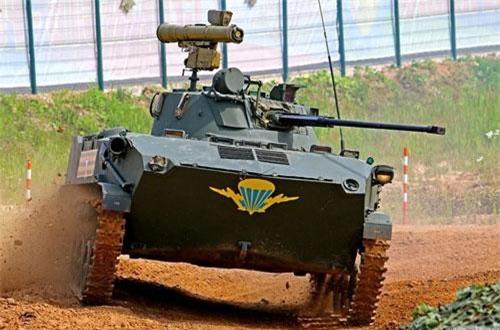 """Theo tờ Rossiyskaya Gazeta, xe chiến đấu đổ bộ đường không BMD-2 với module chiến đấu mới """"Bereg"""" đã bước vào giai đoạn thử nghiệm cấp Nhà nước. Gói hiện đại hóa được đánh giá tăng sức mạnh hỏa lực của cỗ máy gấp 5 lần so với thế hệ cũ. Nguồn ảnh: Wikipedia"""